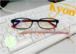 きょんきょんのメガネ